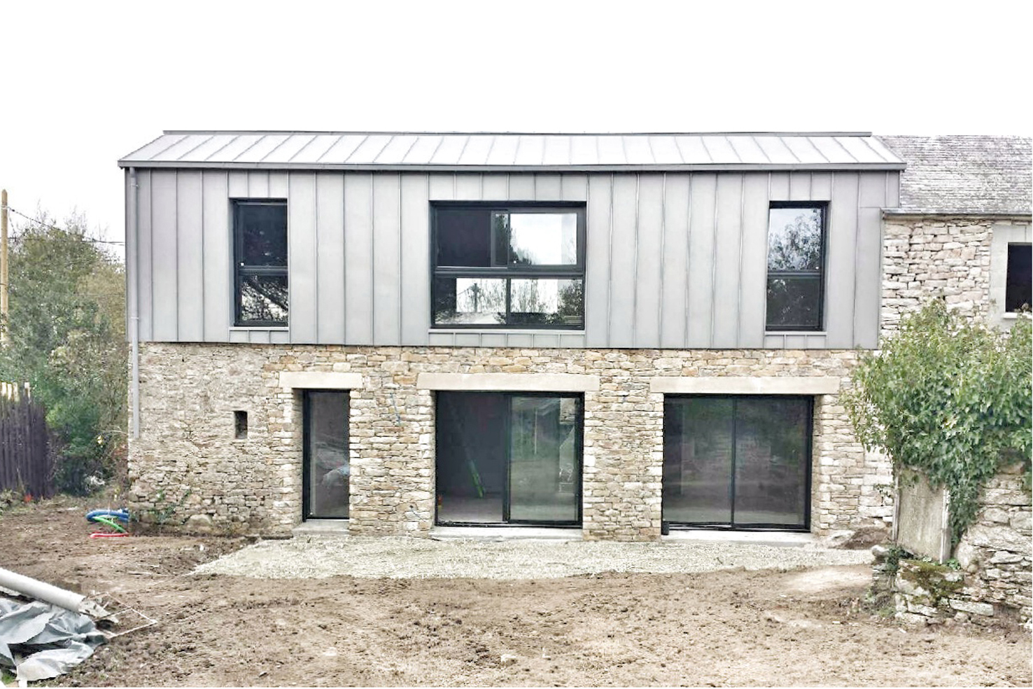 renovation pierre zinc bois 01